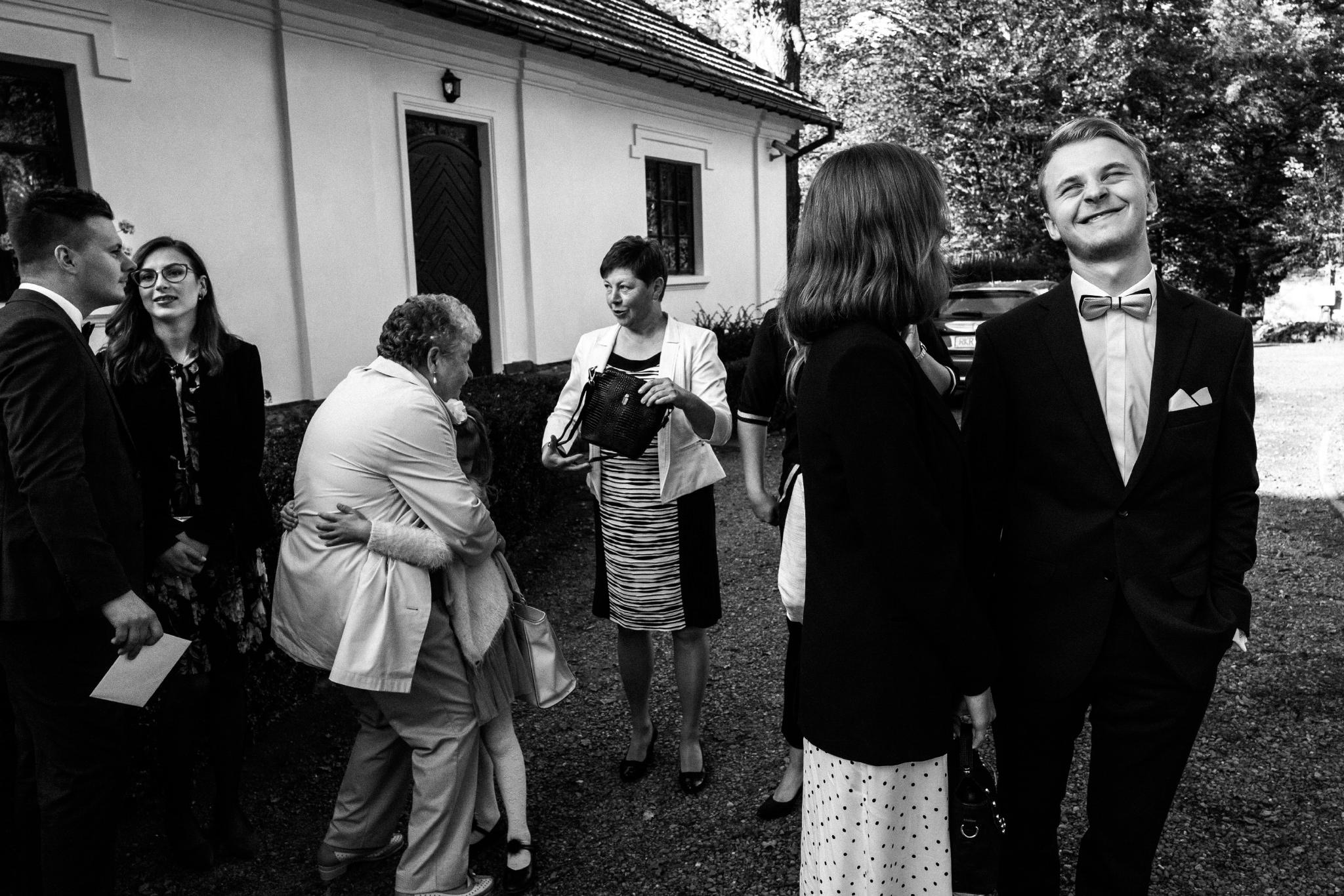 Jeden czy dwóch fotografów na ślub? | Wesele w Dworku Krościenko Wyżne 32