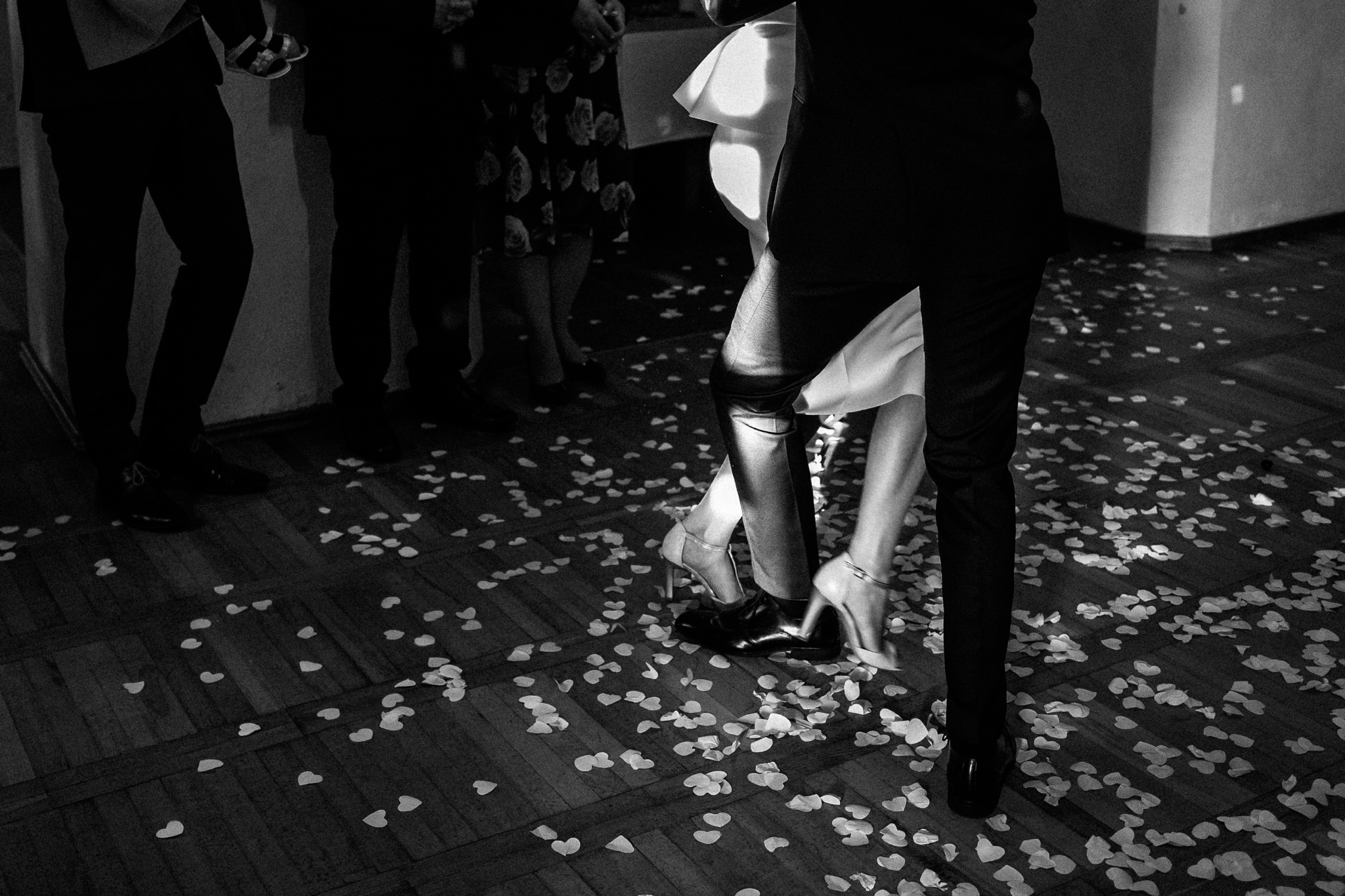 Jeden czy dwóch fotografów na ślub? | Wesele w Dworku Krościenko Wyżne 35